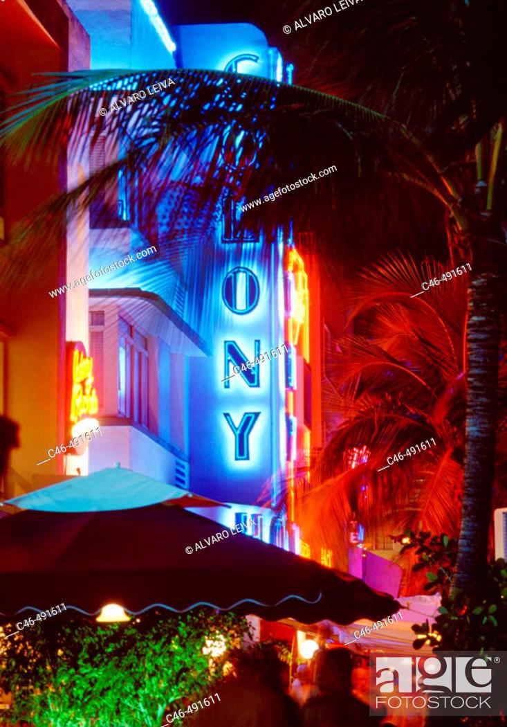 Stock Photo: Ocean Drive, South Beach. Miami, Florida. USA.