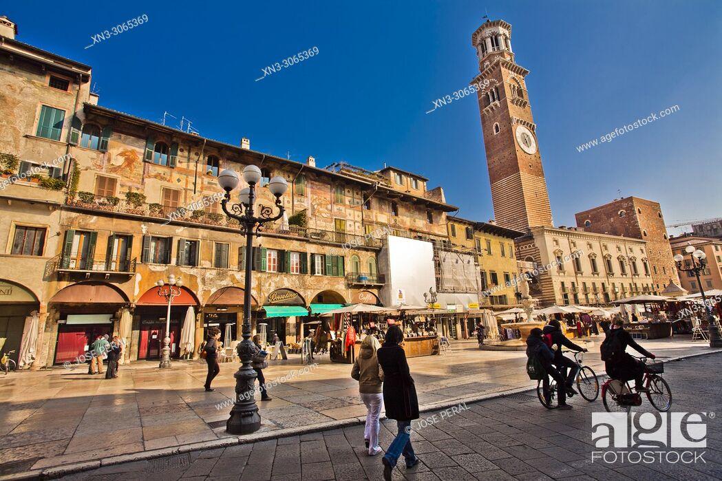 Imagen: Case Mazzanti houses with frescos, on background, Torre dei Lamberti tower, Piazza delle Erbe square, Verona, Veneto, Italy, Europe.