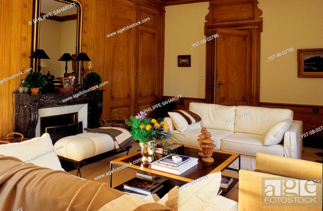 Stock Photo: Antique winery reformed into a house, Lyon, Rhône-Alpes, France.
