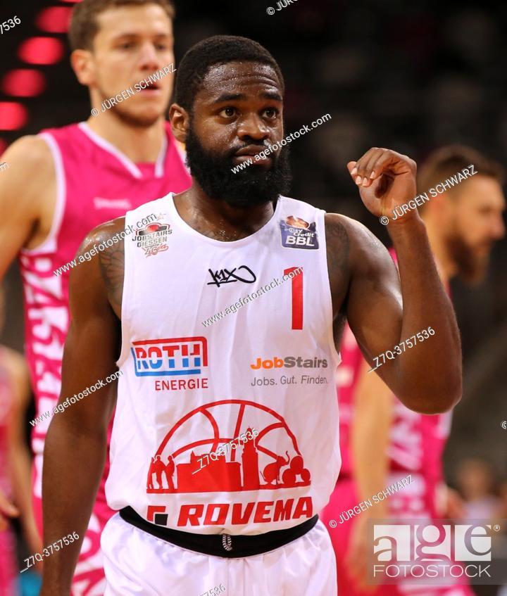 Stock Photo: Bonn, Germany, 23. 12. 2020, Telekom Dome, Basketball Bundesliga, Telekom Baskets Bonn vs Jobstairs Giessen 46ers: Jonathan Stark (Giessen) gestures.