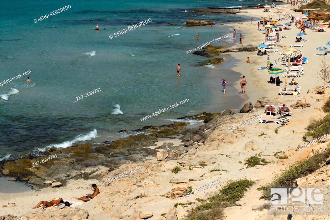 Stock Photo: Migjorn beach, Formentera, Balears Islands, Spain. Hotel Riu la Mola. Holiday makers, tourists, Platja de Migjorn, beach, Formentera, Pityuses, Balearic Islands.