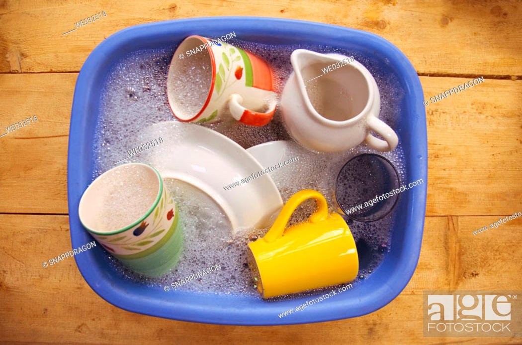 Stock Photo: Washing up bowl.