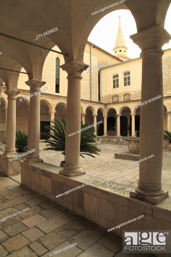 Stock Photo: Croatia, Zadar, Franciscan Monastery, cloister.