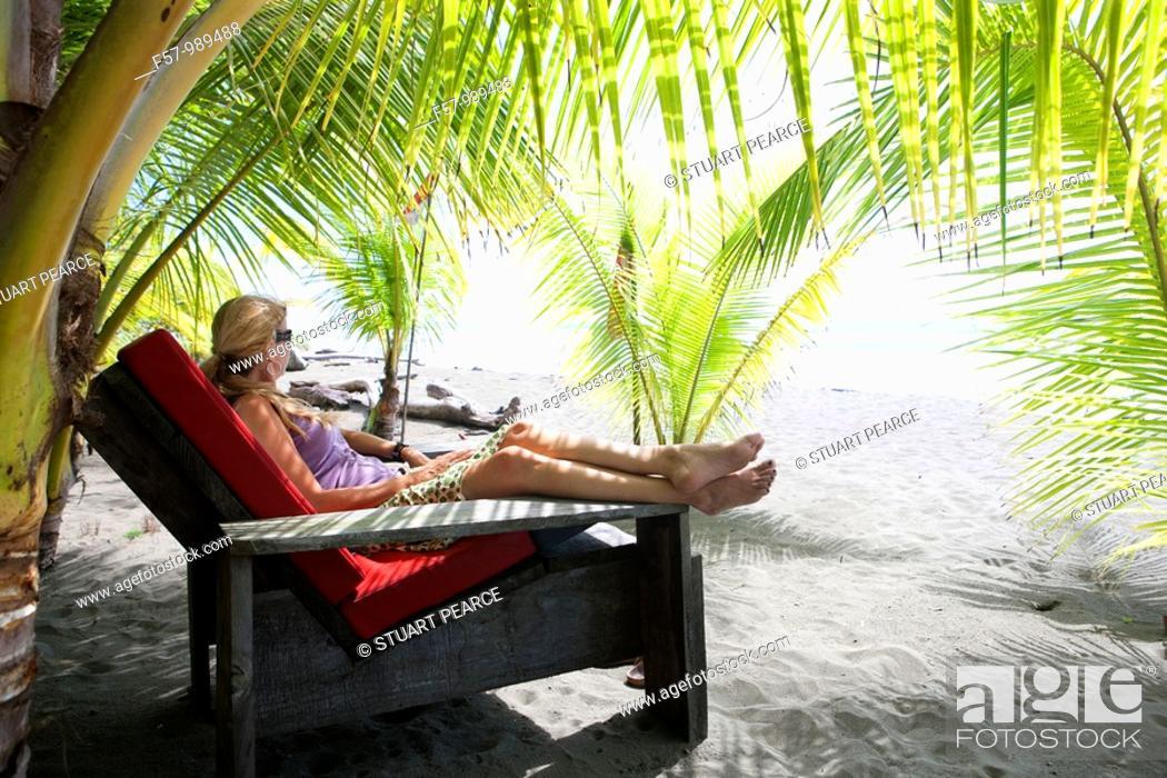 Stock Photo: Matapalo Beach, Puntarenas, Costa Rica.