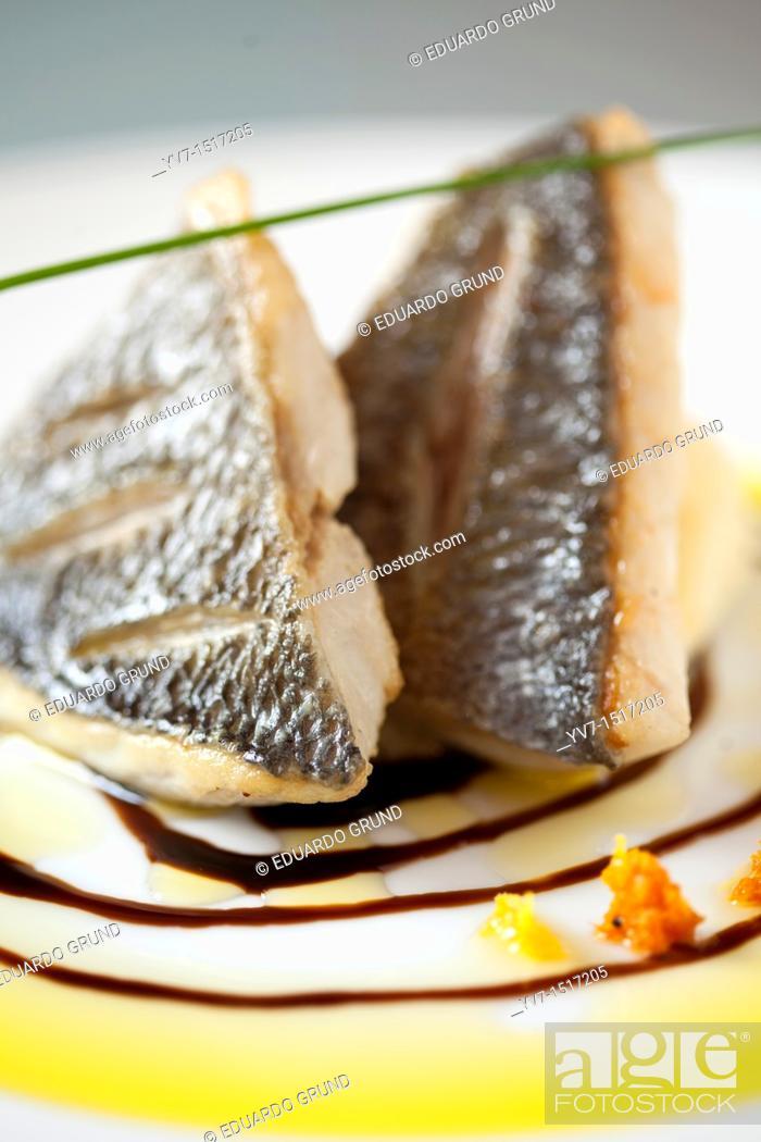 Stock Photo: Pyramids of fish.