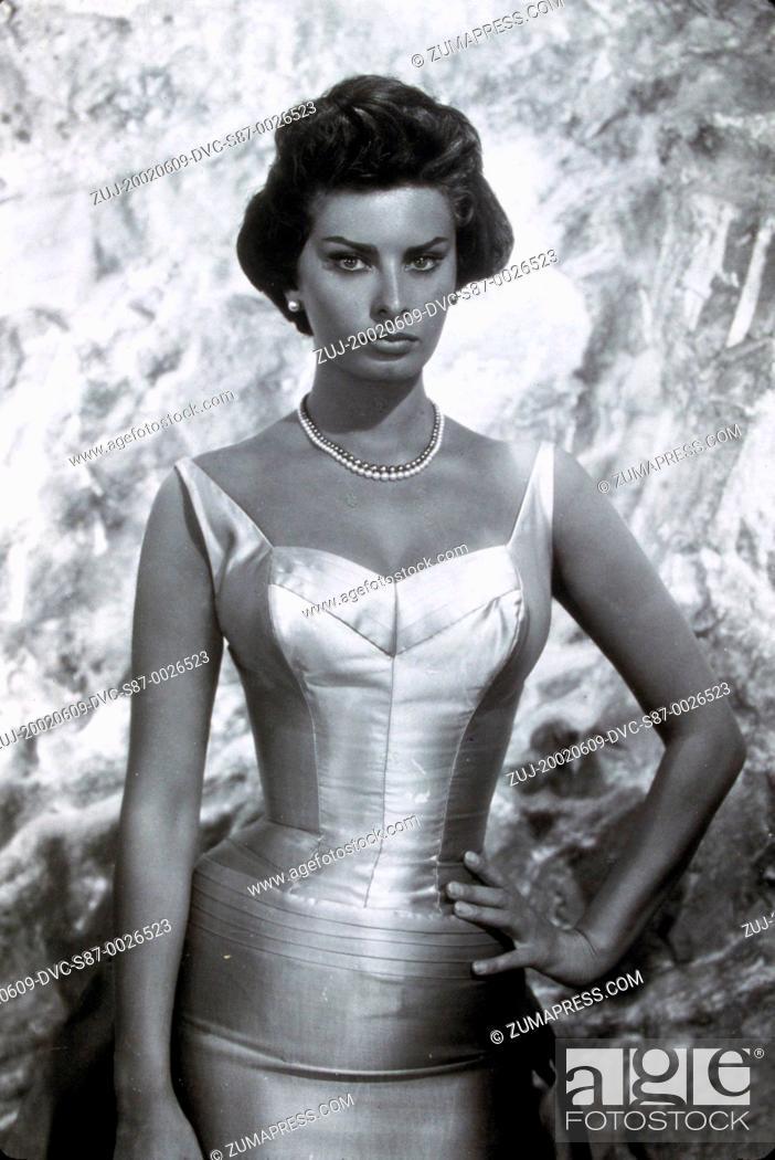 Stock Photo: 1959, Film Title: THAT KIND OF WOMAN, Director: SIDNEY LUMET, Studio: PARAMOUNT, Pictured: SOPHIA LOREN. (Credit Image: SNAP/ZUMAPRESS.com).