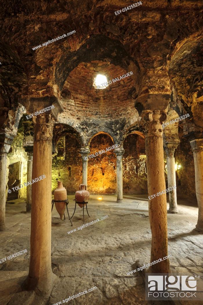 Imagen: baños árabes, - Banys Ã. rabs - , siglo X, Palma, Mallorca, islas baleares, españa, europa.