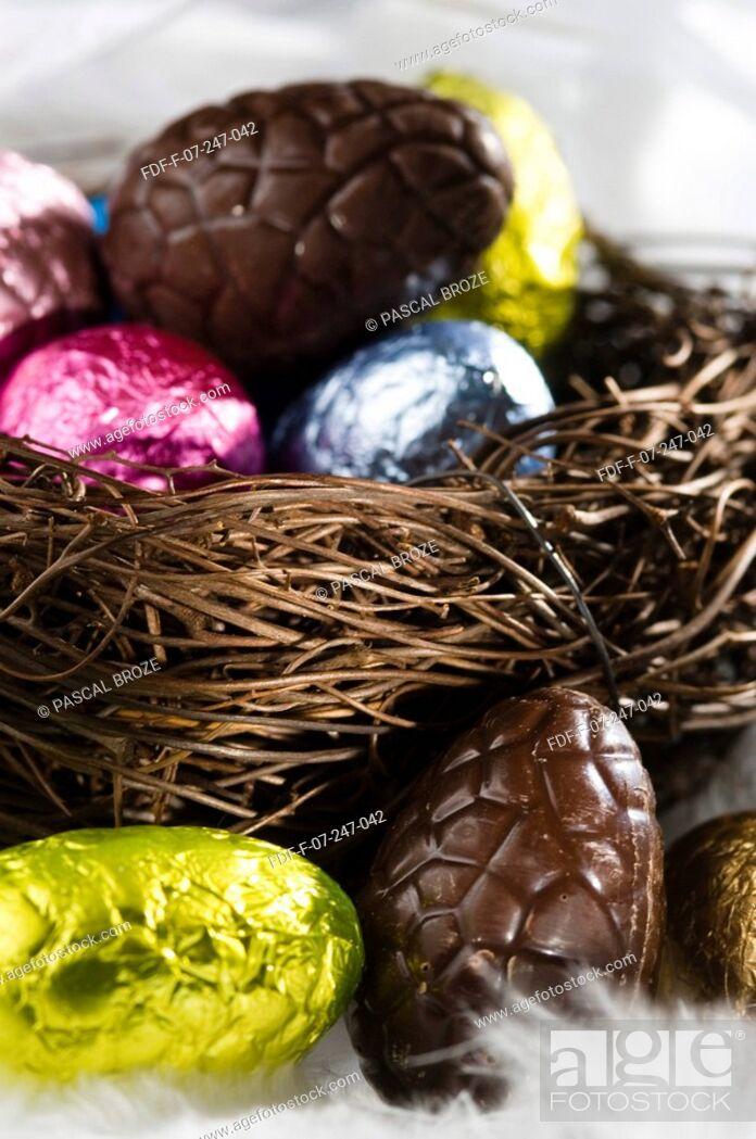 Stock Photo: Close-up of Easter eggs in a bird's nest.