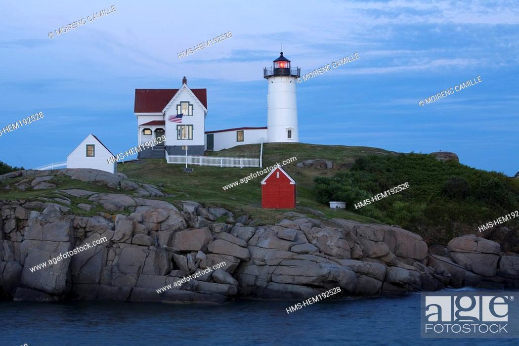 Imagen: United States, Maine, Cape Neddick, Nubble Lighthouse.