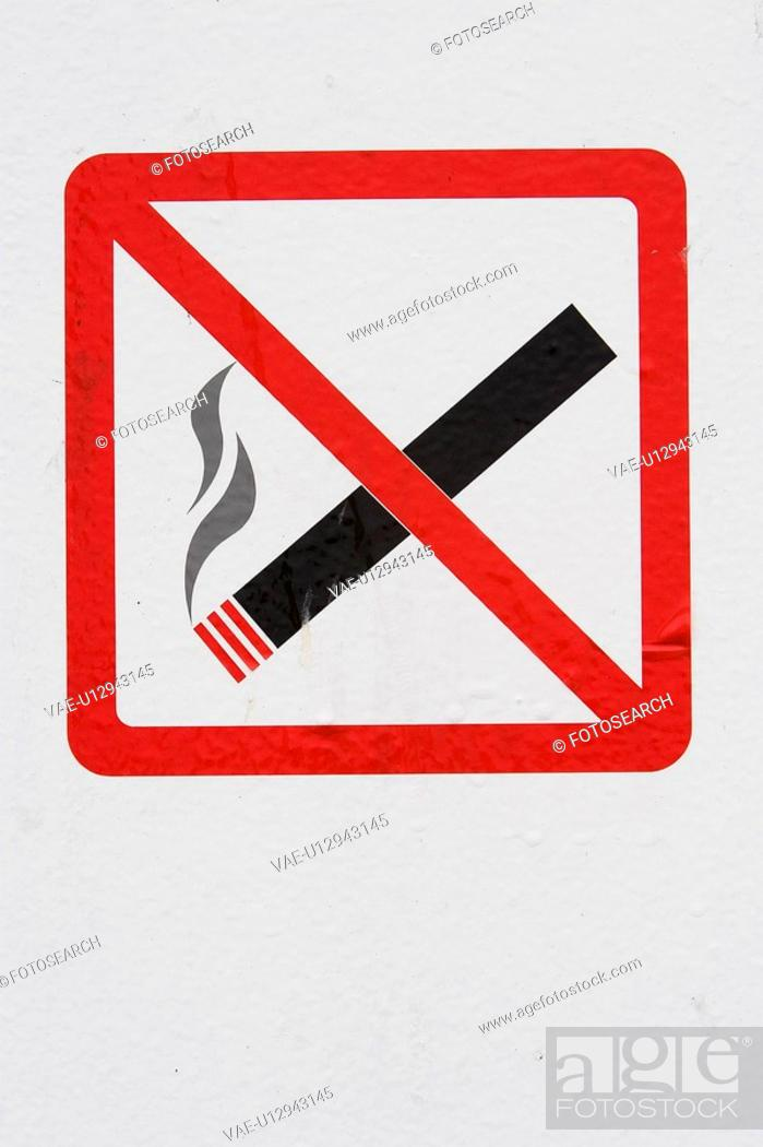Stock Photo: Cigarette, Close-Up, Displayed, Indication, Information.