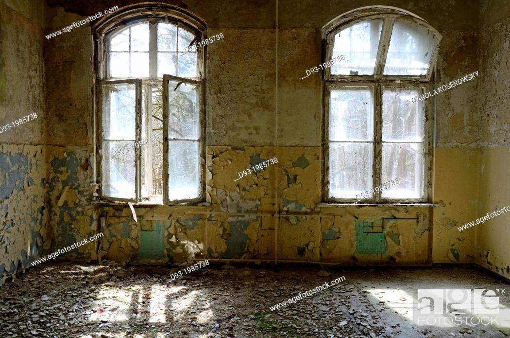 Stock Photo: Room in an anbandoned ancient Hospital near Berlin Germany.