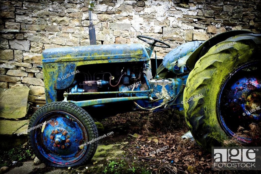 "Stock Photo: Old abandoned ""Ferguson"" tractor. Hawes, Gayle, Richmondshire, Yorkshire Dales, North Yorkshire, England, UK."
