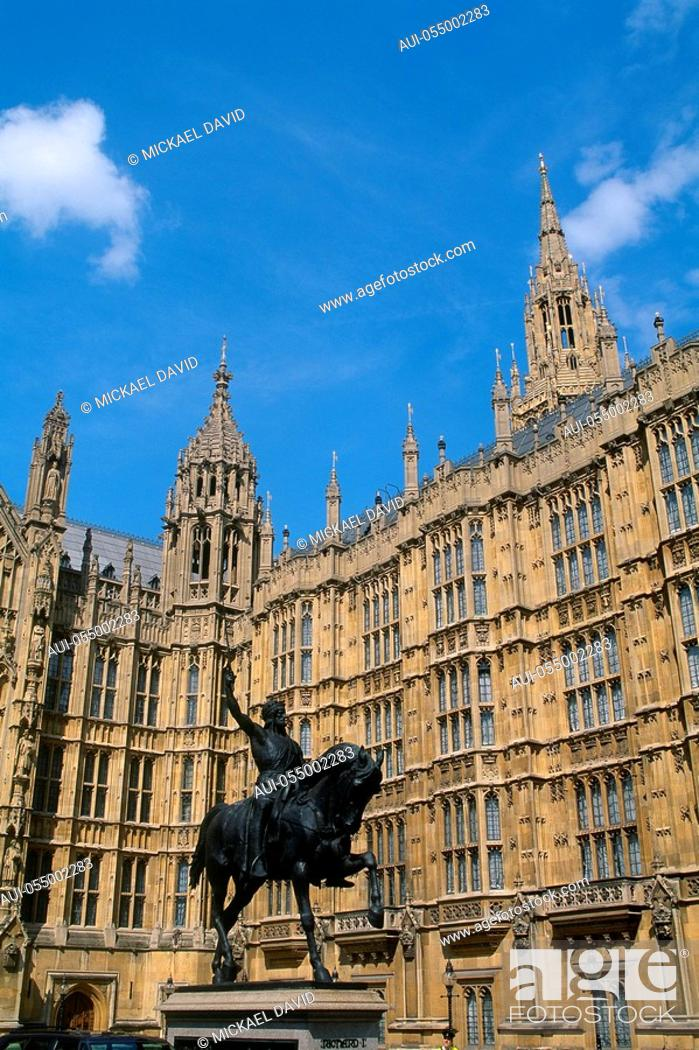Stock Photo: England - London - Westminster District - Houses of Parliament.