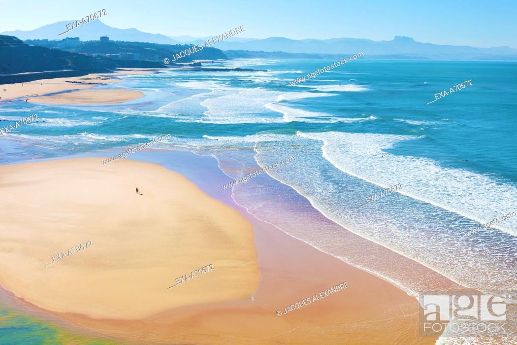 Imagen: Biarritz, Beach Basque Coast, France.