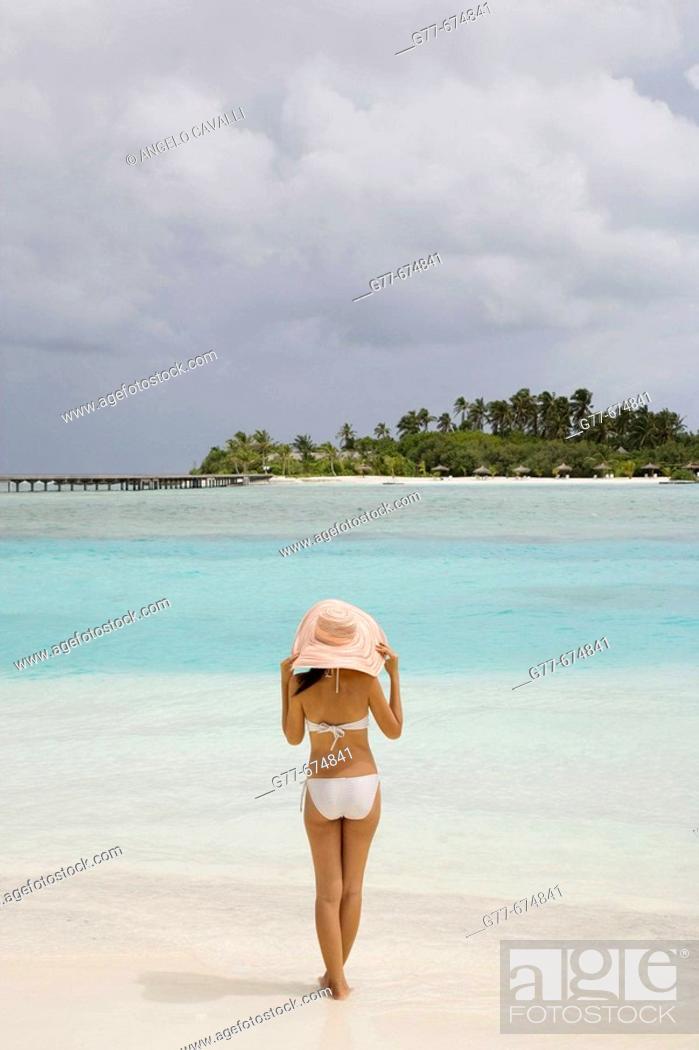 Stock Photo: Maldives. South Male Atoll. Asian Woman.