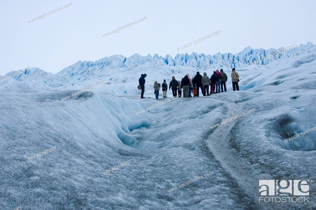 Imagen: People in the Snow, Argentina.