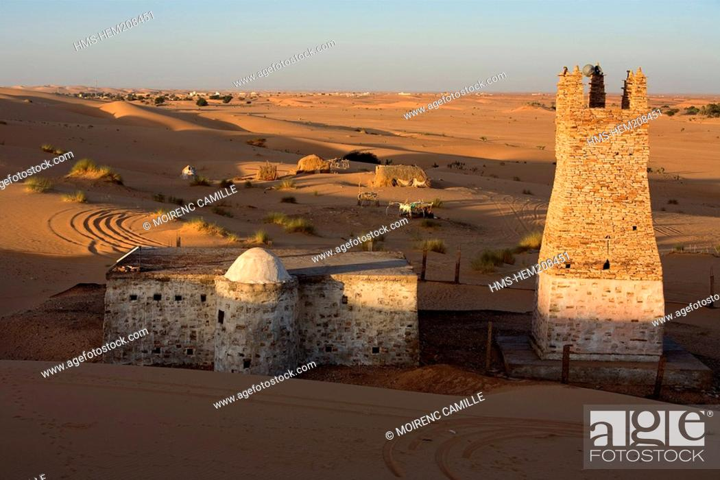 Stock Photo: Mauritania, Adrar, Chinguetti area, mosque built on sand covered Chinguetti's old town, Abeir, listed as World Heritage by UNESCO.