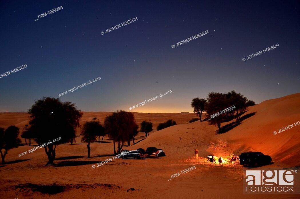 Stock Photo: Camping in the desert near Al Ain, United Arab Emirates.