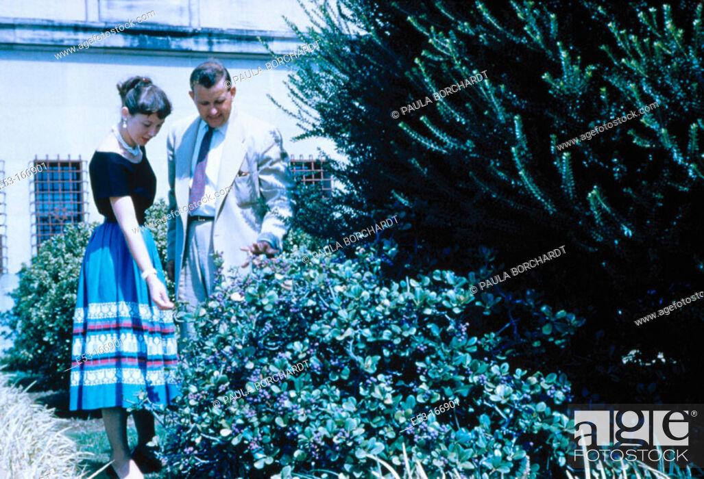 Stock Photo: Couple. State Capitol Grounds. Baton Rouge. Louisiana.