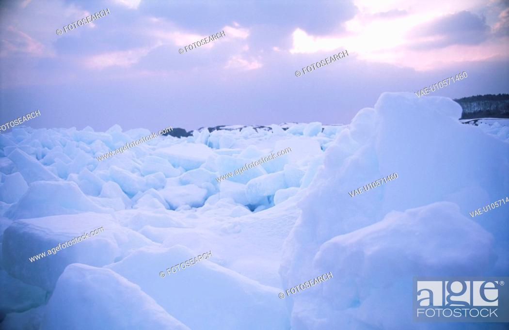Stock Photo: Drift Ice And The Morning Sun.
