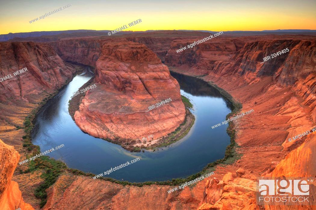 Stock Photo: Horseshoe Bend or King Bend, meandering bend of the Colorado River, Page, Glen Canyon National Recreation Area, Arizona, United States of America.