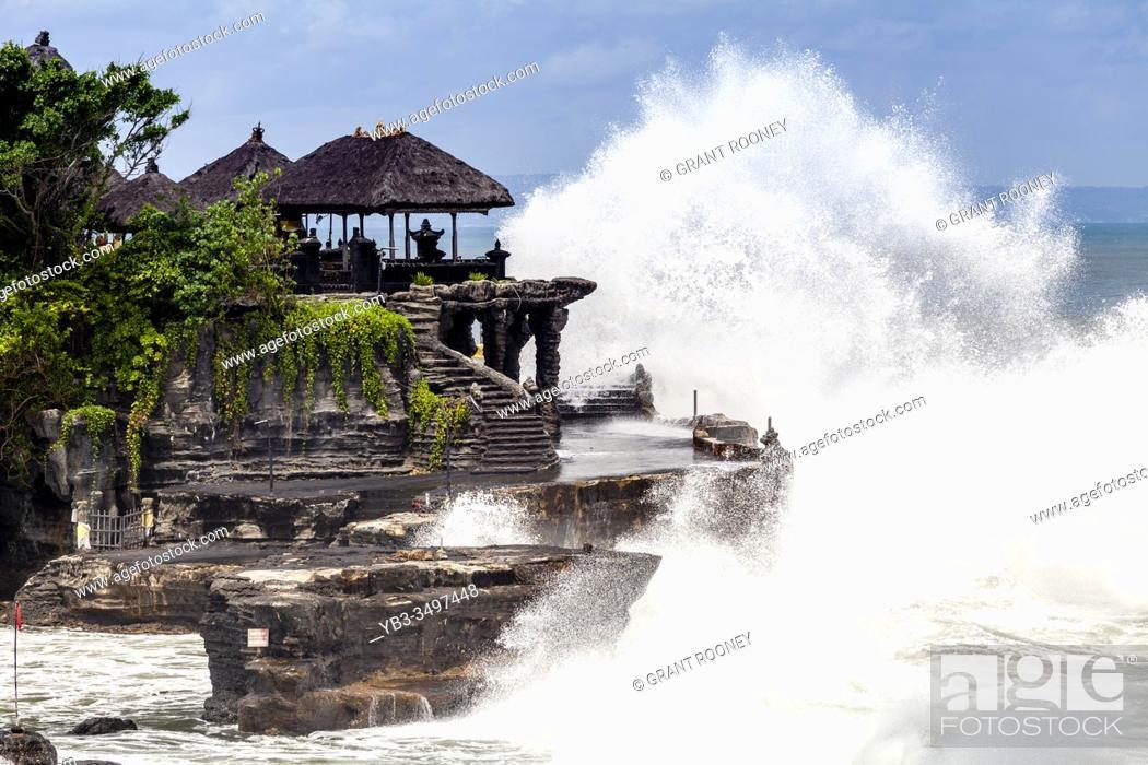 Stock Photo: Tanah Lot Temple, Bali, Indonesia.