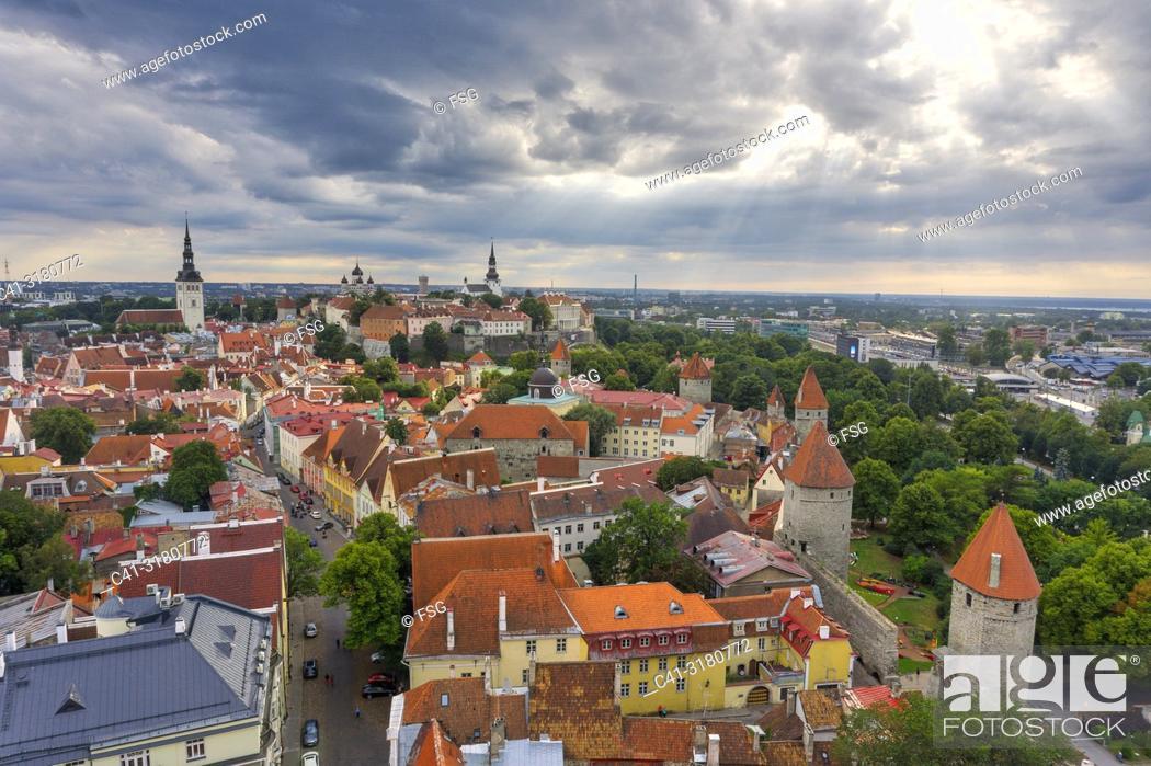 Imagen: Old town . Tallinn. Estonia.