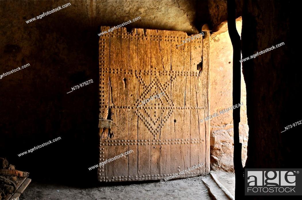 Stock Photo: Maroc, Haut Atlas, Province de Ouarzazate, Ksar d'Aït-Ben-Haddou, classé Patrimoine Mondial de l'UNESCO, intérieur d'une Kasbahh.