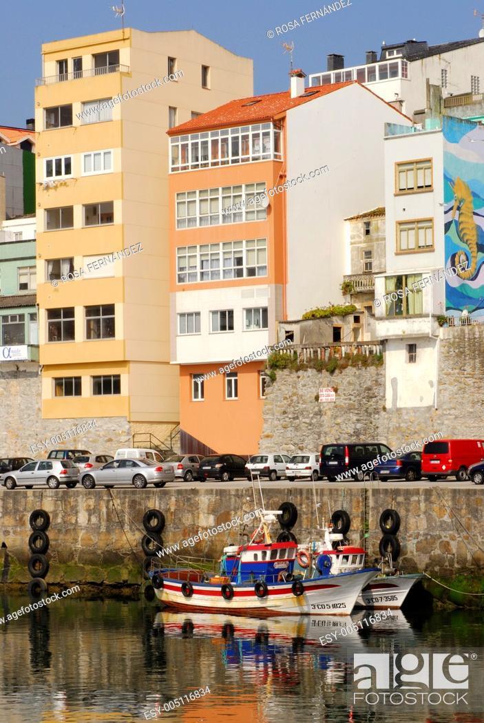 Stock Photo: Fisherboats at Malpica de Bergantiños, A Coruña, Galicia, Spain.