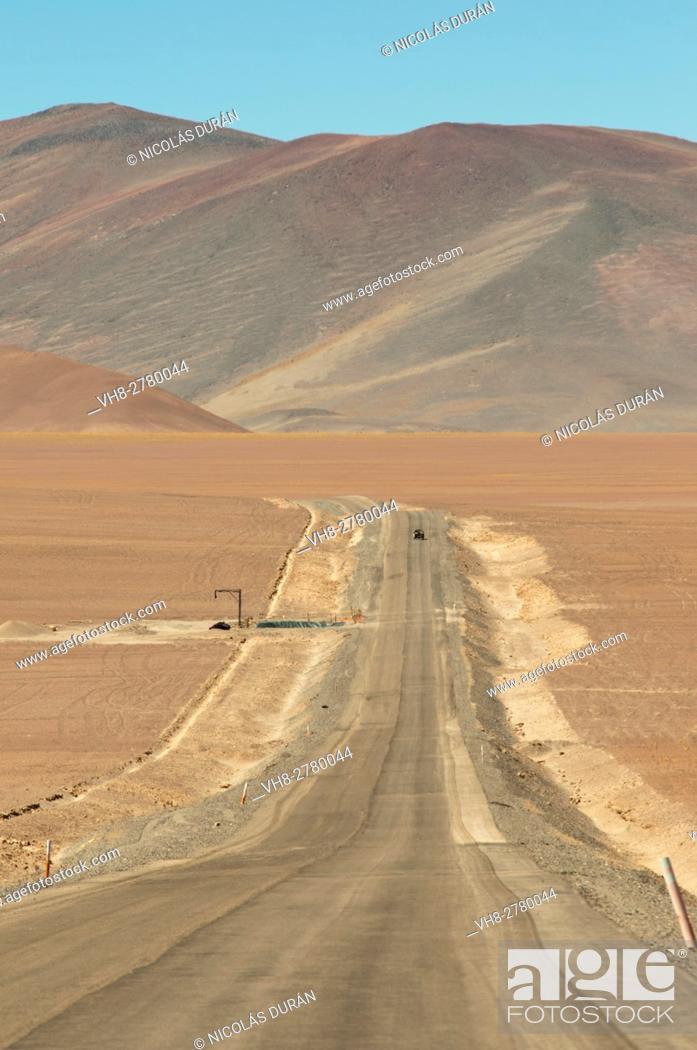 Stock Photo: Road in Maricunga Salinas, near chilean border, Region III of Atacama, Chile, South America.