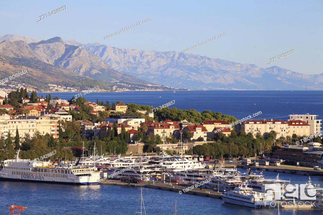 Imagen: Croatia, Split, harbor, port, aerial view.