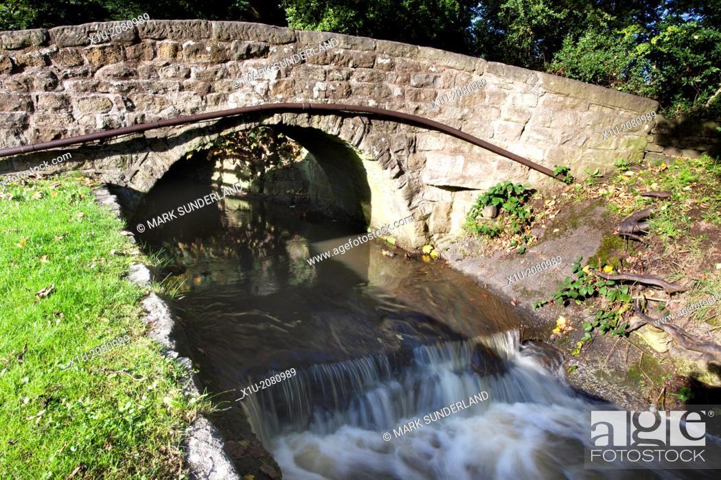 Imagen: Packhorse Bridge at Hampsthwaite North Yorkshire England.