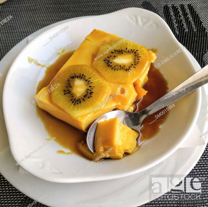 Stock Photo: Flan with kiwifruit.