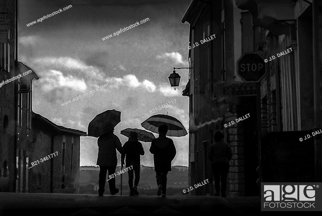 Stock Photo: France, Aquitaine, Dordogne, rainy day in January at Villefranche de Lonchat.