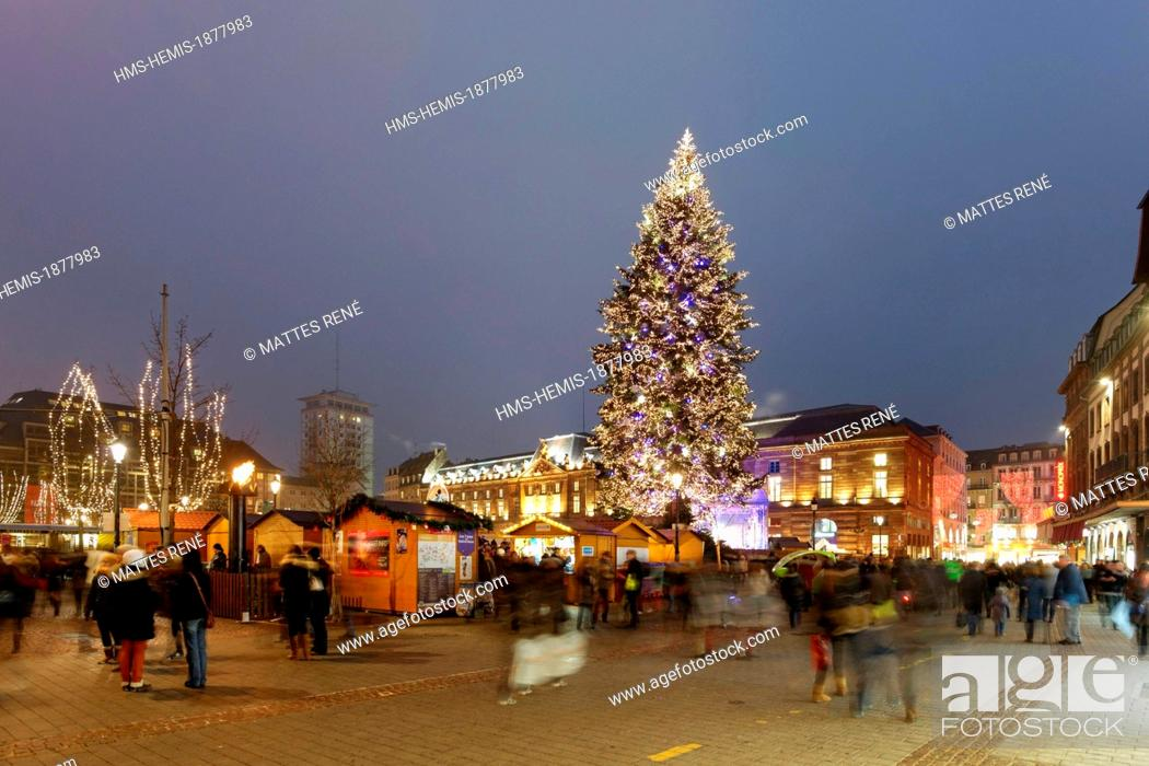 Stock Photo: France, Bas Rhin, Strasbourg, old town listed as World Heritage by UNESCO, the big christmas tree on Place Kleber.