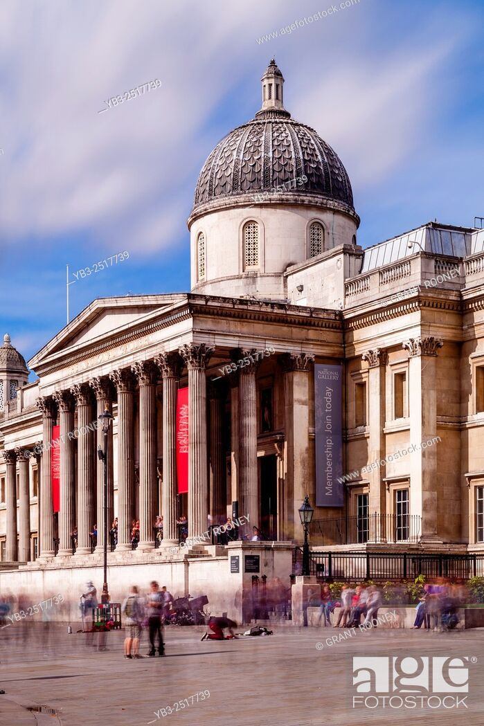 Stock Photo: The National Gallery, Trafalgar Square, London, England.