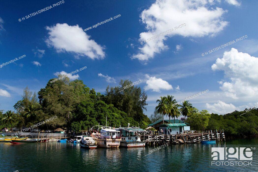 Imagen: Jetty Wandoor Andaman islands India Asia.
