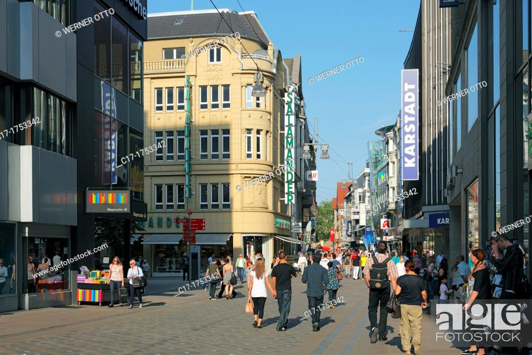 Stock Photo: Germany, Dortmund, Ruhr area, Westphalia, North Rhine-Westphalia, NRW, Westenhellweg, shopping street, pedestrian zone, people, shopping stroll.