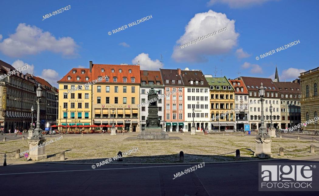 Stock Photo: Europe, Germany, Bavaria, Munich, City, Max-Joseph-Platz, Monument, panorama Residenzstrasse.