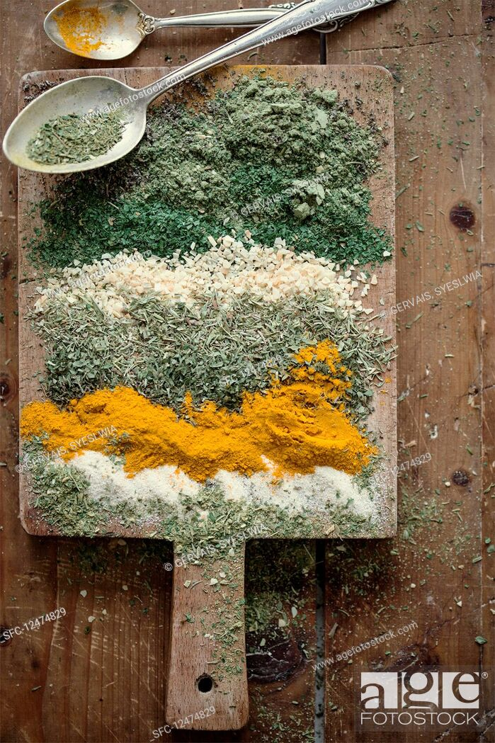Imagen: Dried ingredients for soup concentrate.
