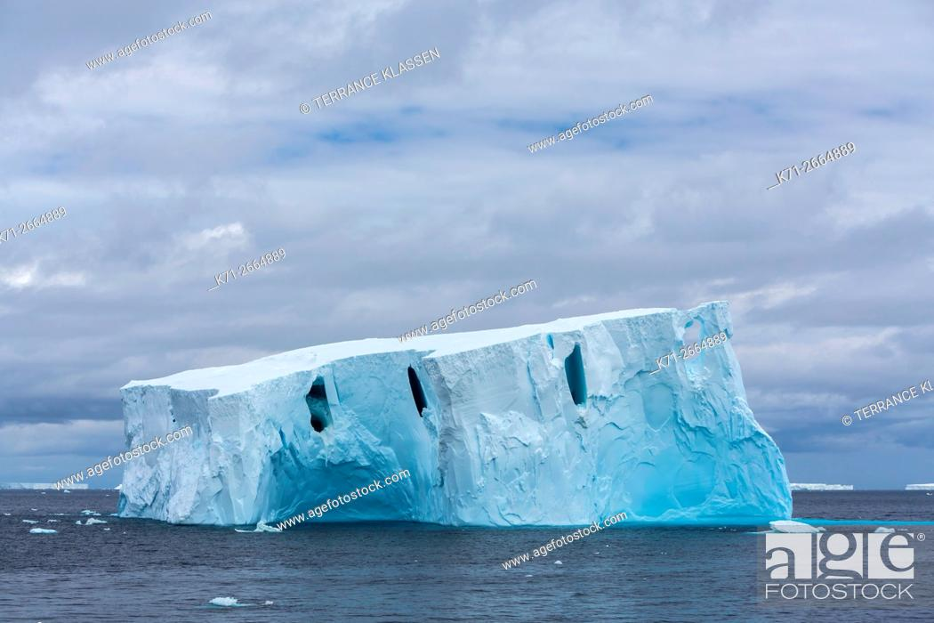 Imagen: Antarctica, Antarctic Peninsula, Icebergs.