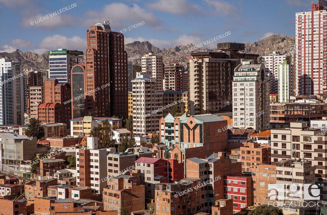 Stock Photo: Panoramic view of downtown, La Paz, Bolivia.