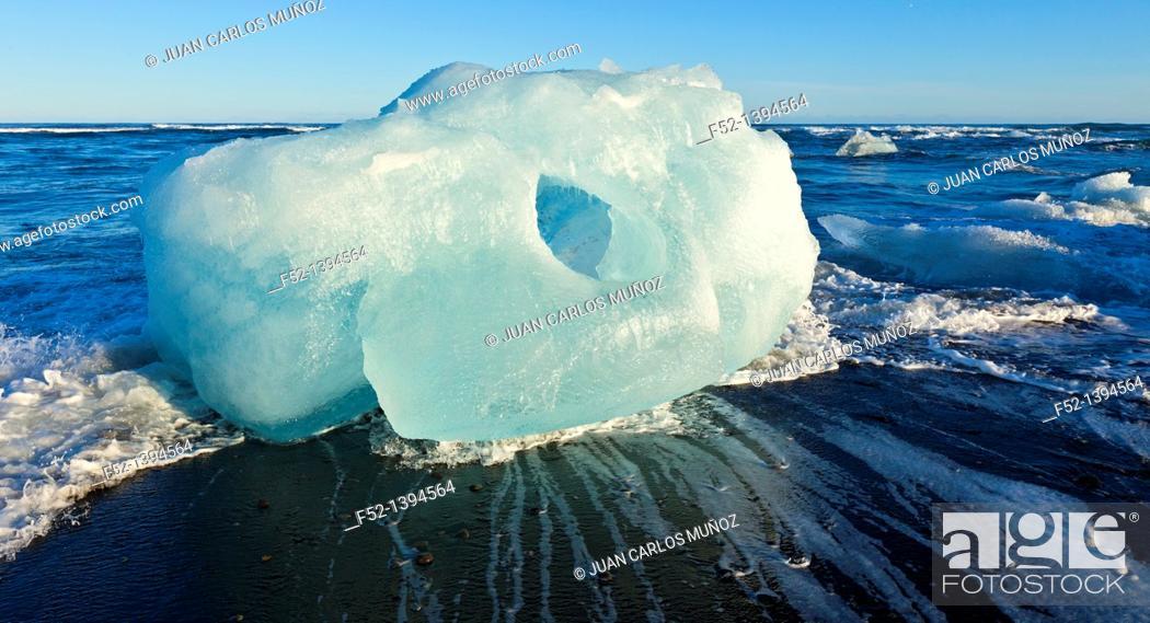 Stock Photo: Ice, Jokulsarlon beach, Southern Iceland, Iceland, Europe.