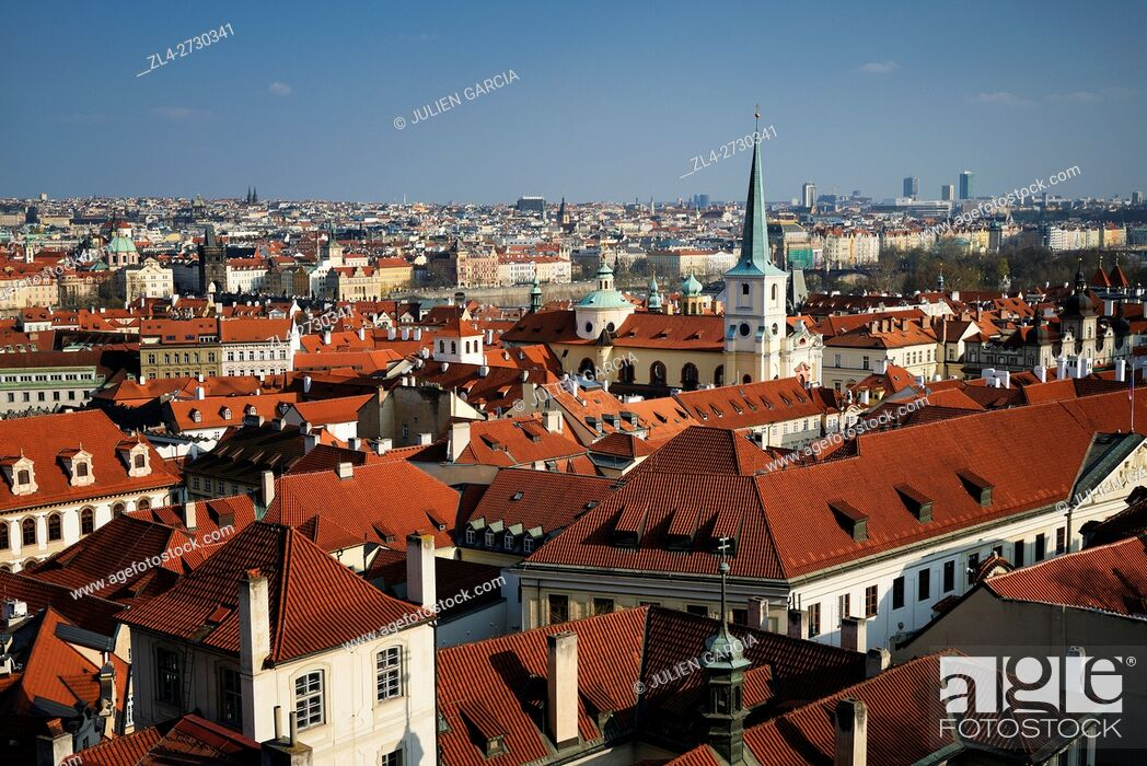 Stock Photo: Czech Republic, Prague, historic centre listed as World Heritage by UNESCO, view of the old town from Prague castle.
