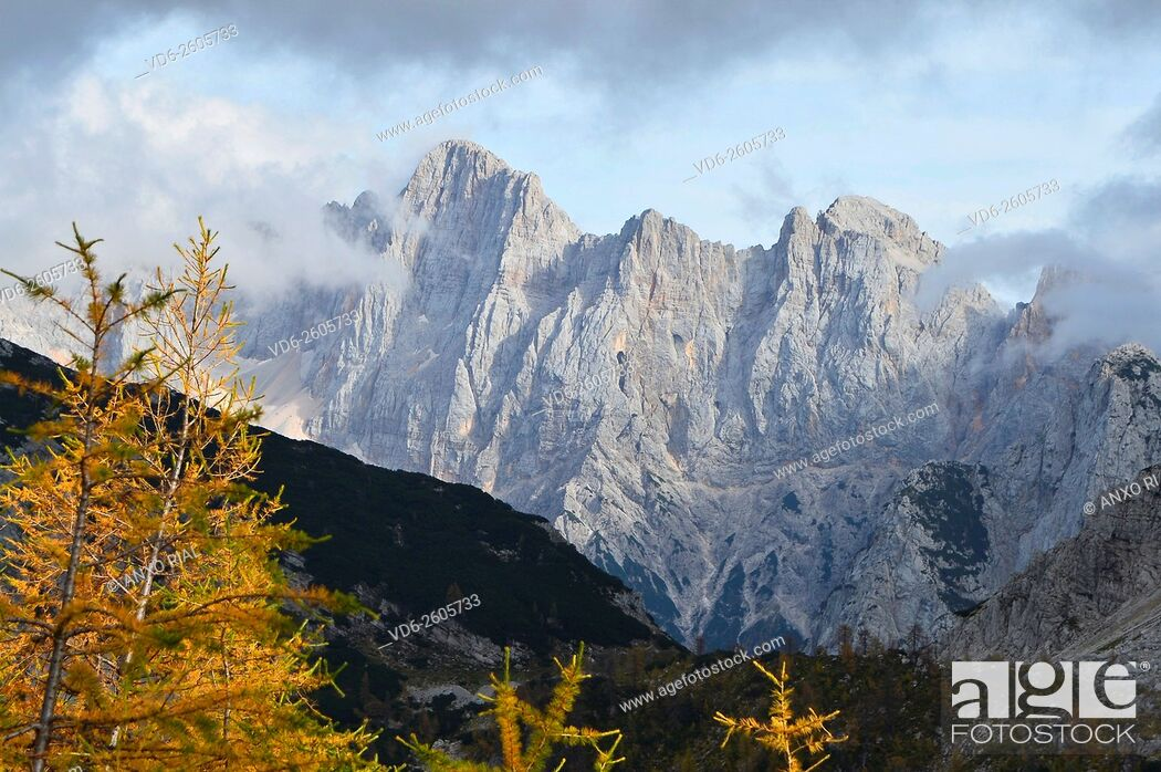 Stock Photo: Slovenia. Julianos. Montañas Alps Gorenjska. Anxo Rial.