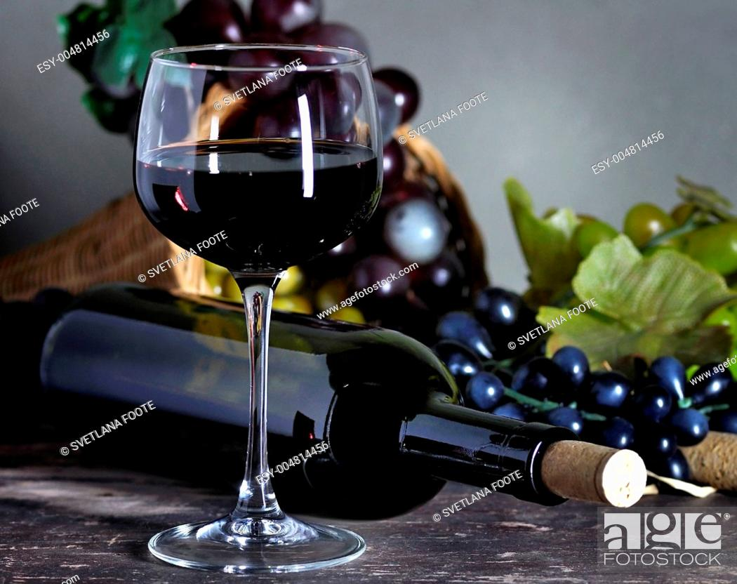 Stock Photo: red wine composition.
