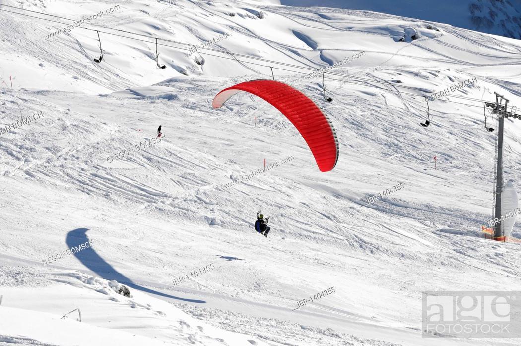Stock Photo: Paragliding on Mt Nebelhorn, 2224m, Oberstdorf, Allgaeu, Bavaria, Germany, Europe.