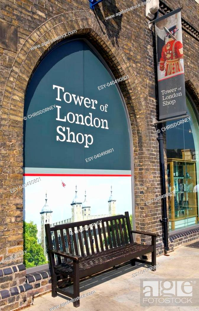 Stock Photo: LONDON, UK - SEPTEMBER 5TH 2013: The Tower of London shop in London on 5th September 2013.