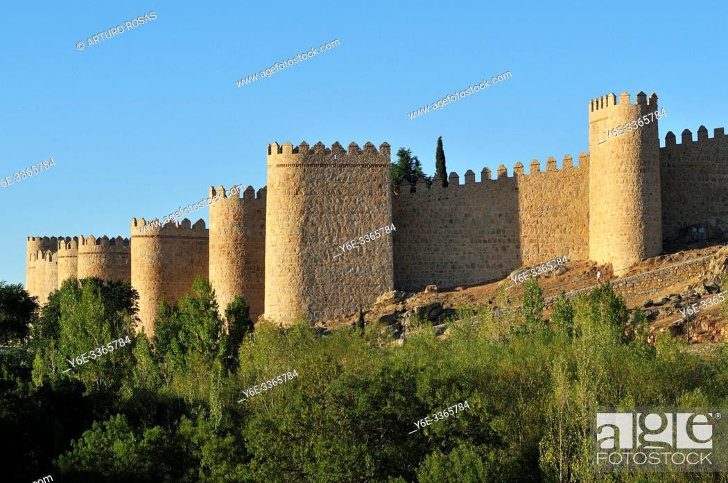 Stock Photo: The Walls of Ã. vila, Spain.