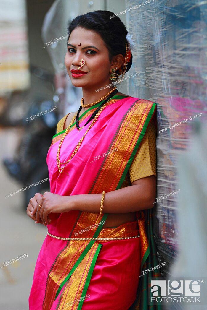 Stock Photo: Young Indian girl in Nauwari sari , traditional Maharashtrian sari.